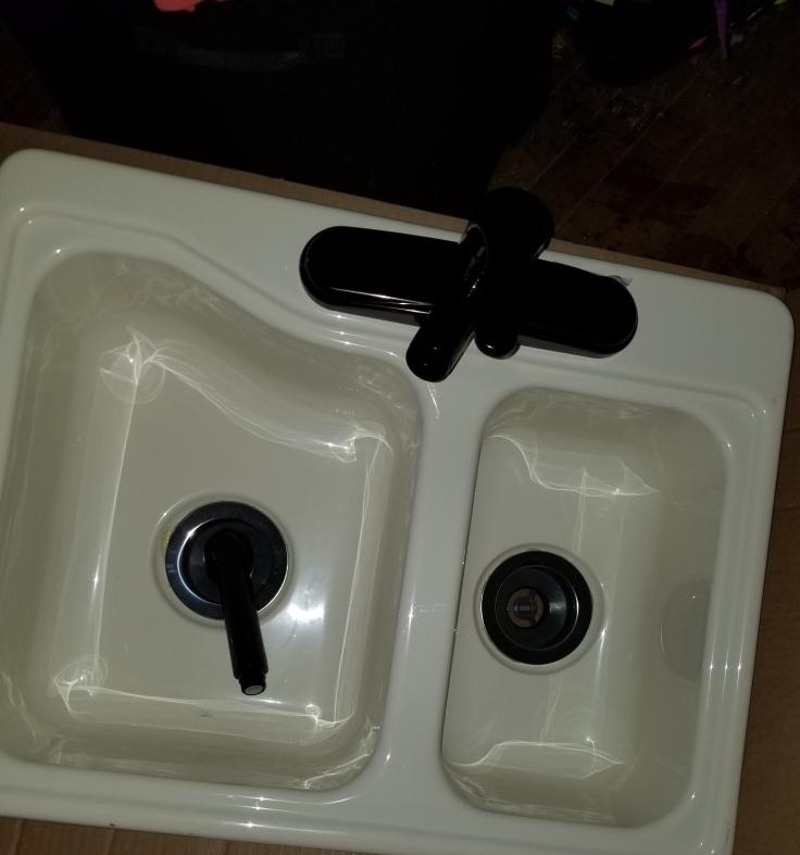 RV Sink 1